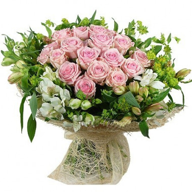 A51 BOUQUET OF ROSES AND ALSTROMERIA