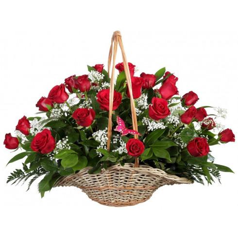 K29 BASKET OF RED ROSES