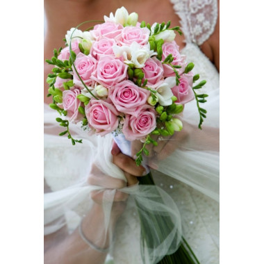H6 BRIDAL BOUQUET