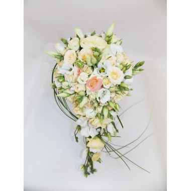H26 BRIDAL BOUQUET