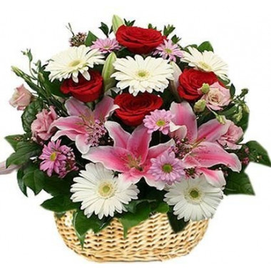K2 FLOWER ARRANGEMENT WITH ROSES, LILY AND GERBERA