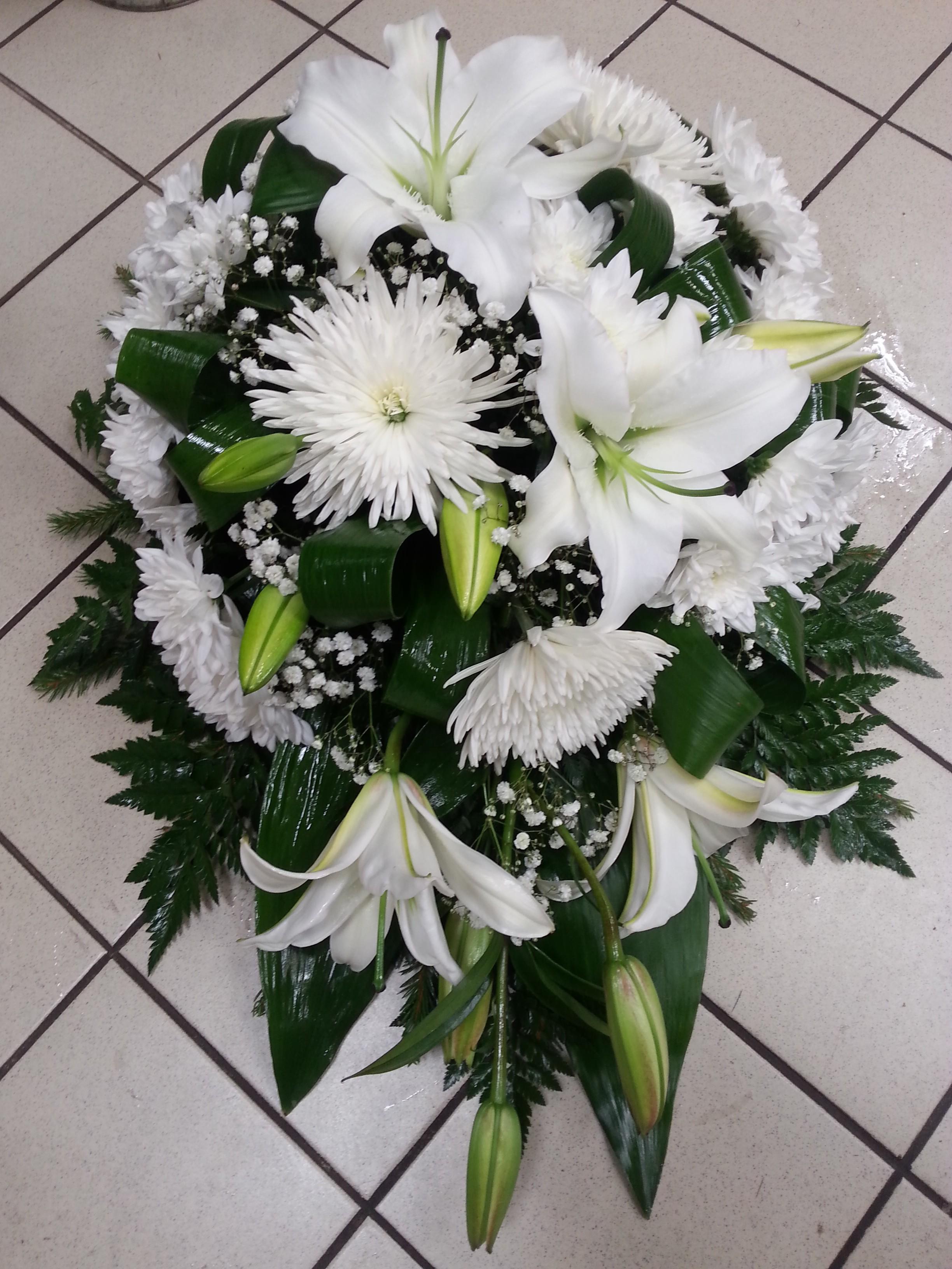 В31 FUNERAL BOUQUET - FLOWERS.ee
