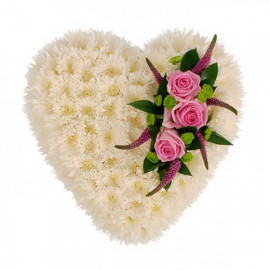 S13 FLOWER ARRANGEMENT HEART WITH CHRYSANTHEMUM AND  ROSES