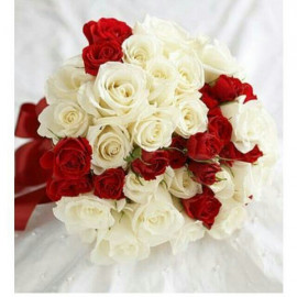 H14 BRIDAL BOUQUET WITH RED AND WHITE ROSES