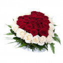K27 FLOWER ARRANGEMENT WITH WHITE AND RED ROSES