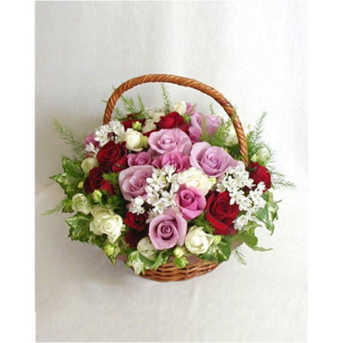 K35 FLOWER ARRANGEMENT  WITH ROSES