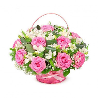 K36 FLOWER BASKET OF ROSES