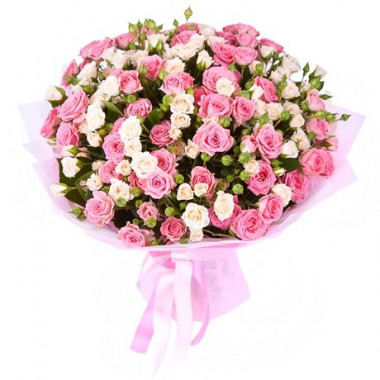 A112 BOUQUET WITH SPRAY ROSES